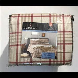 Cuddl duds plaid flannel queen sheet set tan new!